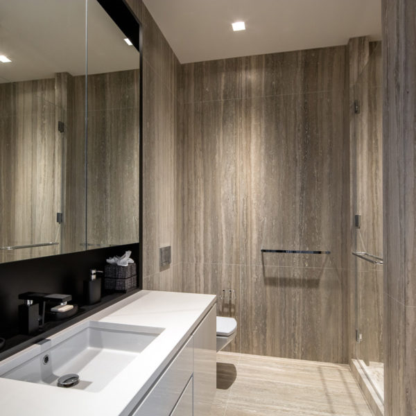 Large master bathroom with high-end finishes