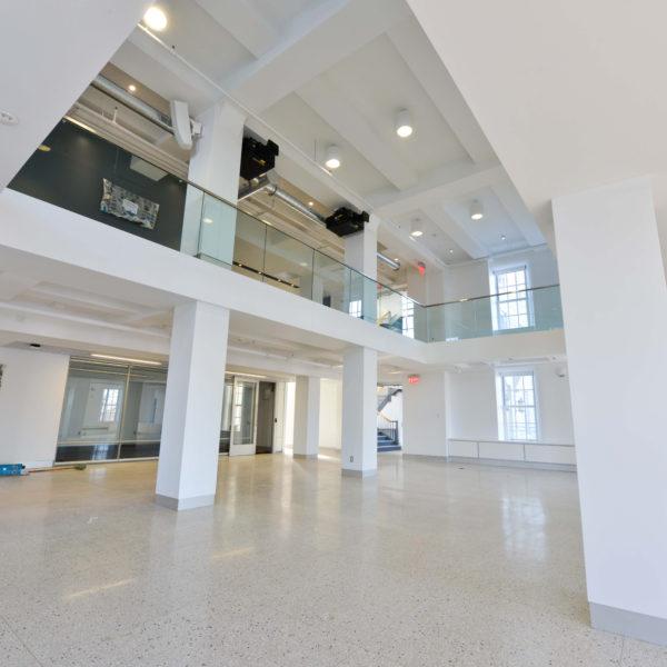 Open multi-level space