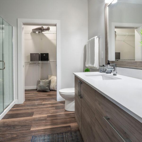The VUE at Maynard Crossing - Bathroom